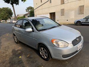 2009 Hyundai Accent for Sale in Los Angeles, CA
