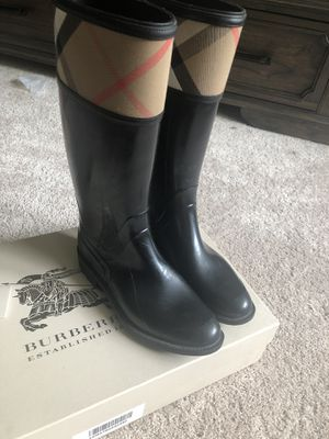 Burberry Rainboots for Sale in Schaumburg, IL