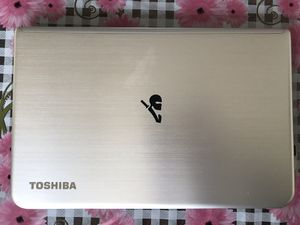 *Barely Used* Fully Loaded Toshiba Laptop for Sale in Skokie, IL