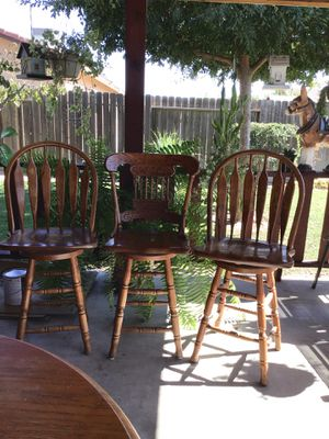 3 Bar stool chairs for Sale in Kerman, CA