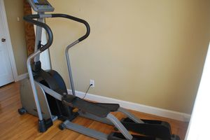 Vision Fitness X6200 Elliptical Trainer for Sale in Erie, PA