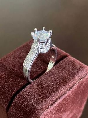 Ring Lab Simulated 2.0 Carat. New. Size: 6 and 7 available. STERLING SILVER. NO TRADES CASH ONLY. DELIVERY: $10-20 EXTRA. LUXURIOUS VELVET BOX. for Sale in Alexandria, VA
