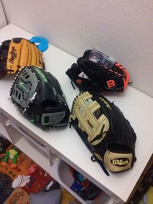 "Lefty baseball gloves One OF 12.5"", one 13"" softball / baseball glove for Sale in Houston, TX"