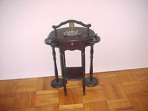 Small antique smoking table for Sale in Hoboken, NJ