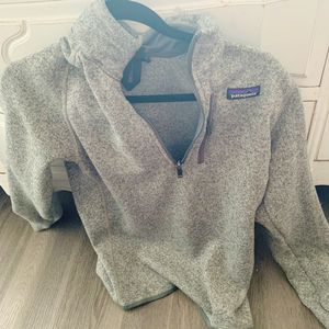 Women's grey Patagonia half zip for Sale in Chicago, IL