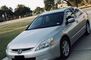 My Selling 2004 Honda Accord 3.0L V6 for Sale in Santa Clarita, CA