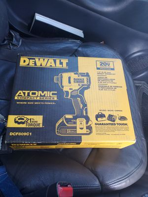Dewalt 20v impact driver drill for Sale in Apple Valley, CA