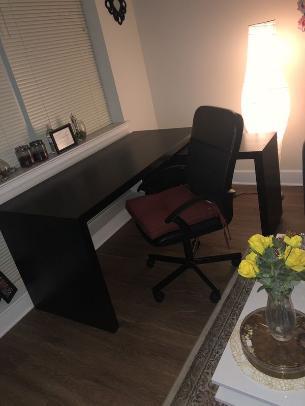 MALM Desk with pull-out panel, IKEA, home office with chair