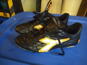 """""""SIZE 6.5 DIADORA SOCCER SHOE"""" for Sale in NEW CUMBERLND, PA"""