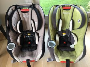 FREE! Two Graco Size4Me 65 Convertible Car Seats for Sale in Libertyville, IL