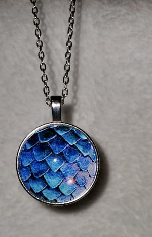 NWT Dragon Scales Pendant Necklace for Sale in Ripley, WV