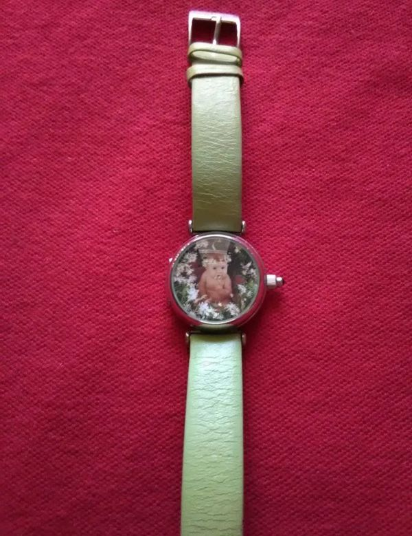 Beautiful Limited Edition Anne Geddes Watch ( excellent condition )