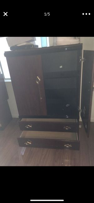 Dresser for Sale in Tracy, CA