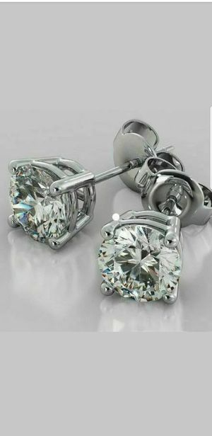 SPARKLING 1.5 CT MOISSANITE DIAMOND SILVER EARRINGS for Sale in Perris, CA