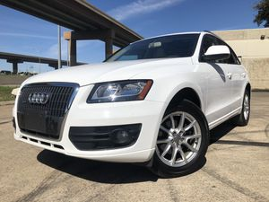 2012 Audi Q5, CLEAN TITLE, LOW MILES, IMMACULATE CONDITION for Sale in Dallas, TX