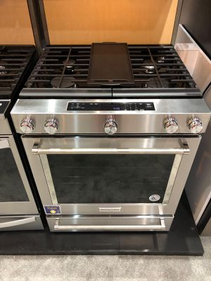 BLOWOUT SALE! KitchenAid Gas Stove Oven Slide-In With Warranty #794 for Sale in Spring, TX