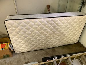 Box spring twin size for Sale in San Jose, CA
