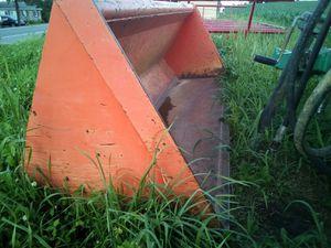 "Kubota 84"" loader bucket for Sale in Mifflinburg, PA"