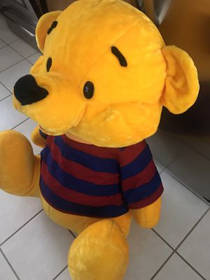 HUGE LARGE POOH BEAR STUFFED ANIMAL for Sale in Rochester, NY