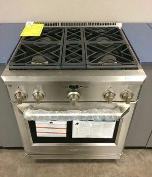 "NEW GE Monogram 30"" Slide In Gas Stove Oven Range !! for Sale in Chandler, AZ"