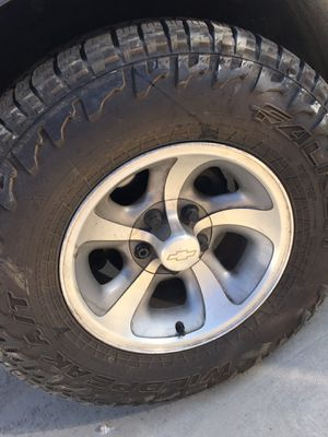 Chevy tires and rims for Sale in Lamont, CA