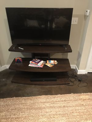 Tiered TV stand for Sale in Tampa, FL