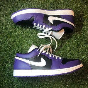 Jordan 1 low court purple! size 11 for Sale in Bossier City, LA