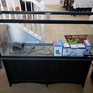 55g Fish Tank and Stand for Sale in Temecula, CA