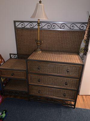 Full bedroom set for Sale in Flemington, NJ