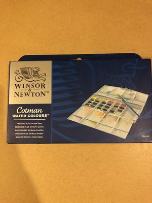 NEW Winsor & Newton Cotman Watercolor Set 24 half-pans palette for Sale in Tennerton, WV