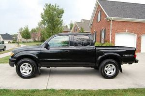 ON sale 2001 Toyota Tacoma Fresh Titlee 4WDWheelss for Sale in Baltimore, MD