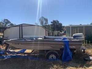 16 foot Cajun bass boat for Sale in Menifee, CA