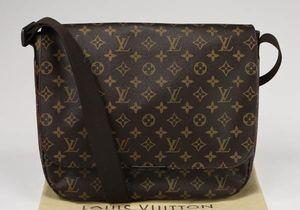 Beaubourg Louis Vuitton Messenger Bag for Sale in Houston, TX