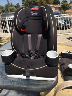 Boy and girl graco car seat 3 in 1 30 pounds to 65 10 position adjustable size for Sale in Colton, CA