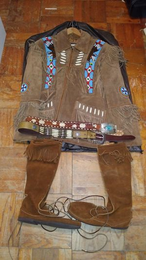 Indian Suede Jacket amazing beadwork for Sale in TEMPLE TERR, FL