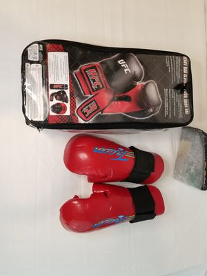 Lot of 2 pairs UFC Boxing Gloves for Sale in Doraville, GA