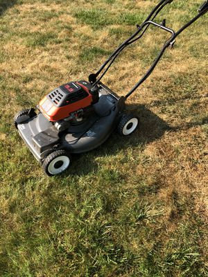 Craftsman self propelled lawn mower for Sale in Strongsville, OH
