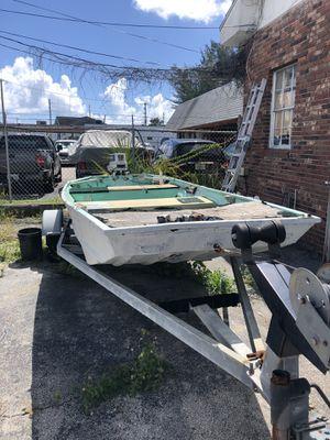 16' Tracker Aluminum Jon boat with 30 HP Johnson for Sale in Fort Lauderdale, FL