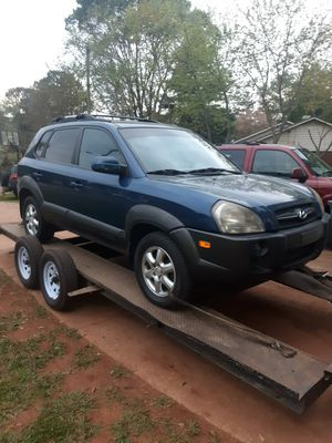 05 Hyundai Tuscan PARTS for Sale in Lawrenceville, GA