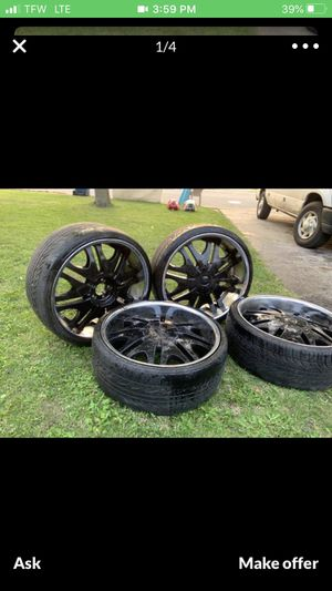22inch blacked out rims with chrome lips w/ tires for Sale in Cicero, IL
