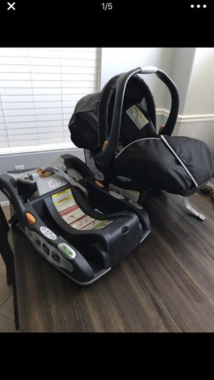 Chicco Keyfit 30 Infant Car seat + 2 bases for Sale in Young, AZ