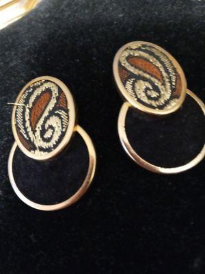 Retro pierced earrings for Sale in NEW PRT RCHY, FL