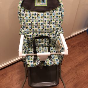 Folding High Chair With Tray for Sale in Brooklyn, NY