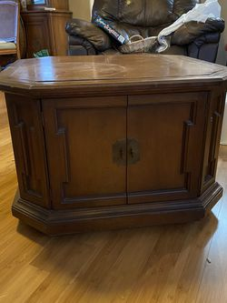 Coffee Table With Storage And Wheels for Sale in La Mirada,  CA