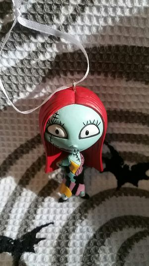 The Nightmare Before Christmas Exclusive 2018 Sally Ornament. for Sale in Round Rock, TX