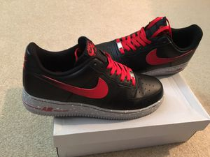 EXCELLENT CONDITION- AF1s - BLACK LEATHER / RED /w Grey SPECKLED WHITE FLAKES SOLES !!!! ( MENS 10.5 ) !!!! for Sale in Orlando, FL