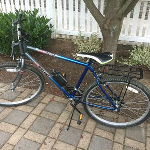 """In good condition everything works 26"""". 12 speeb for Sale in Vancouver, WA"""