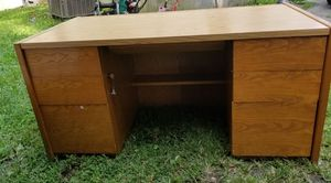 Nice desk for Sale in Brookneal, VA