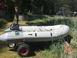 12' Zodiac Inflatable with barely used 5hp 4-Stroke Nissan for Sale in Bellevue, WA