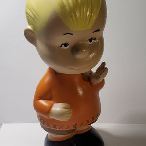 """8"""" Tall Linus Ceramic Figure From Peanuts Comics Vintage Collectible for Sale in Alpharetta, GA"""